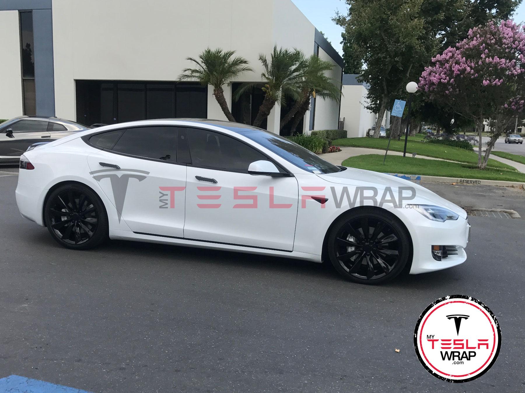 Tesla model S Chrome delete